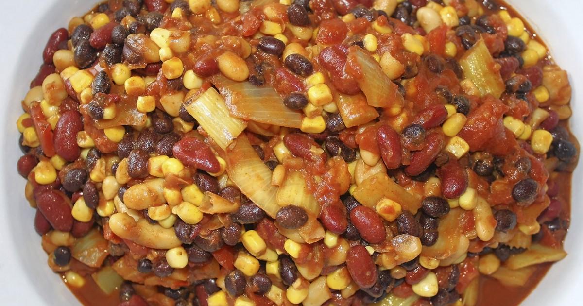 Vegetarian_Recipe_Dinner_Vegan_Chili.jpg