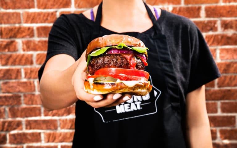 REVOLUÇÃO! A gigante processadora de carnes, Tyson Foods, investe em proteína vegetal